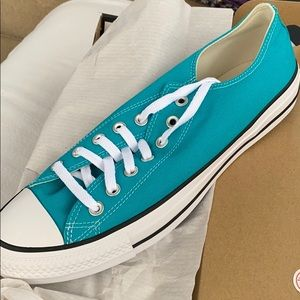 Converse Shoes - NEW Converse Chuck Taylor Low 11 Turbo Green